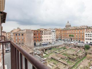 Ancient Rome View Apartment