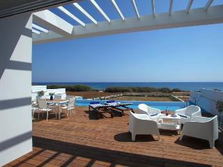 ATPV1 Villa Eponine, Famagusta