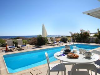 Villa Melissa 'Majestic Sea Views and Pool'