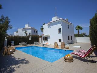 "Villa Maria ""Short walk to Protaras Centre"""