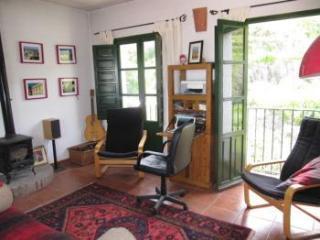 Casa Fuente, beautiful mountain village house, Sedella