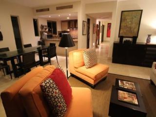 Playa del Carmen vacation rentals - Living and dining room - PH Laguna