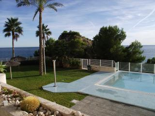 Panorama front line luxury flat, Altea