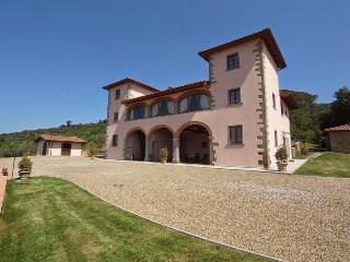 10 bedroom Villa in Loro Ciuffenna, Cortona and surroundings, Tuscany, Italy