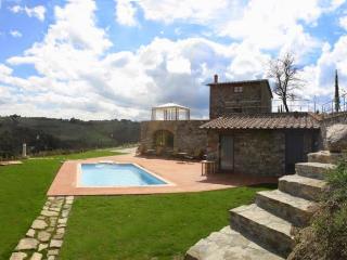 4 bedroom Villa in Gaiole in Chianti, Chianti, Tuscany, Italy : ref 2294013