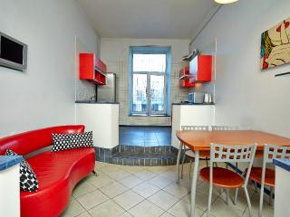Deluxe 1-br apartment, Nevsky Prospekt 100