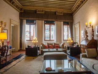Morolin Palace S Marco Venice., Venecia