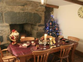Ready for your Christmas and New Year stay (Free Breakfast Hamper)