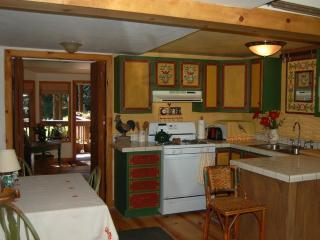 Deer Creek Cottage in the Redwoods, Cazadero