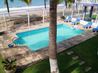 Beachfront Casa La Abuelas, Lo de Marcos