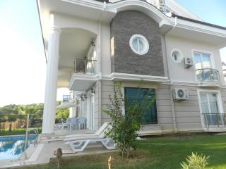 New Age Beach Breeze Luxury Villa Indoor Sauna (4 bedroom b1), Fethiye