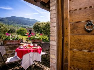 5 bedroom Villa in Assisi, Umbrian Countryside, Umbria, Italy : ref 2294093, San Vitale