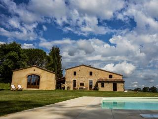 9 bedroom Villa in Buonconvento, Crete Senesi, Tuscany, Italy : ref 2294057