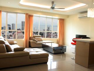 2R Luxury Suite @ Penang Times Square, Penang Island