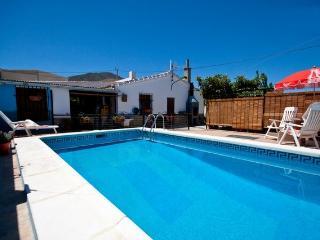 Villa José-piscina privada y WIFI, Ardales