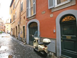 Pelliccia Hi-Tech Apartment, Rome