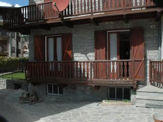 Appartamento in centro paese a Brusson