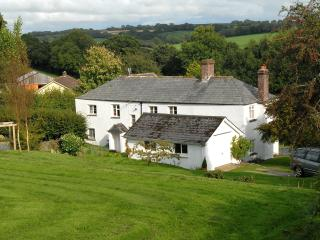 Hartwell (farmhouse in W. Devon with pool), Tavistock
