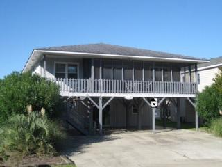 Sunset Beach- 4 bedrooms up and 1 down full kitche