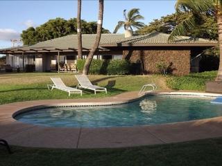 Tropical Lanai Poolhouse - oceanview home w/ pool, Kihei
