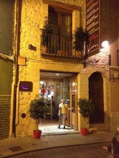 Excellent restuarants in nearby Denia or Pego