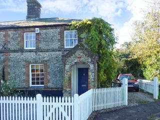 3 STATION COTTAGES, terrace flint cottage, woodburner, enclosed garden, near, Wymondham