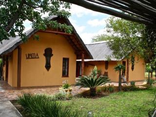 Umoja Kruger Bushvilla - Wildlife without fences