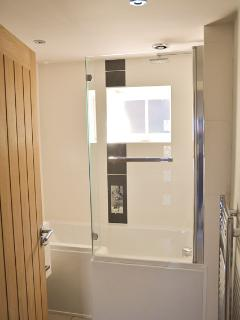 Bath/shower room.