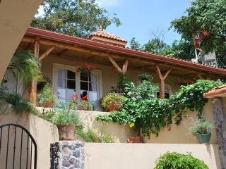CASA HIGUERON PROVENCIAL STYLE WITH VIEWS, Escazu
