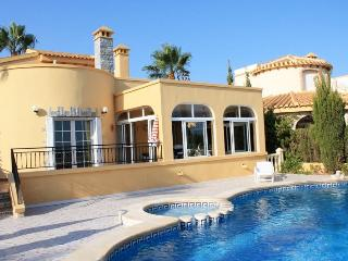 Detached villa for rent Golf Las Ramblas, Villamartín