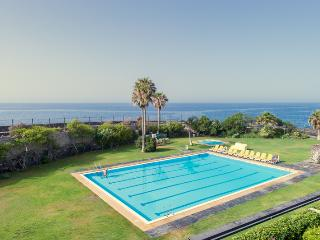 Seawater Pool and kids Pool (50 meters to the bungalow)