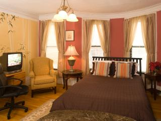 Boston Vacation Rental - 4 (M373-4)