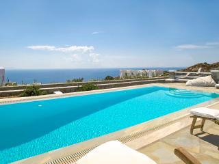 Villa Mando 2 - Amazing Sea View- Private Pool, Mykonos