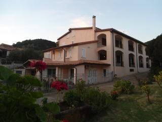 Appartamento in villa, Domus de Maria
