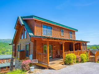 3BR Luxurious Pigeon Forge Cabin with HOT January Deals from $159!!!