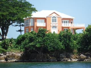 Luxury Villa in Negril