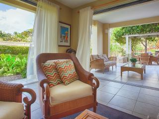 Caribbean luxury- Palmas del Mar 1st fl villa, Humacao