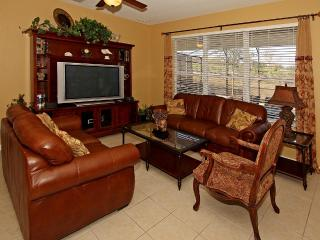 6BR 4BA villa with theme rooms & pool facing west, Kissimmee