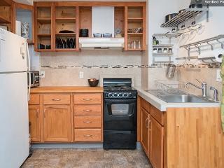 Private Studio with private entry, kitchen & bath, Portland