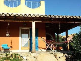 Rita apartment, in villa with garden,sea view.