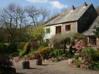 Ash Cottage at Trenannick Cottages