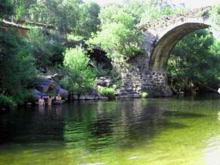 Francia-Quilamas, Casa Rio Alagón, Santibáñez de la Sierra
