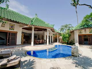 The Lazy Dog Villa (E-Mail for Special AUS$ Rates), Sanur