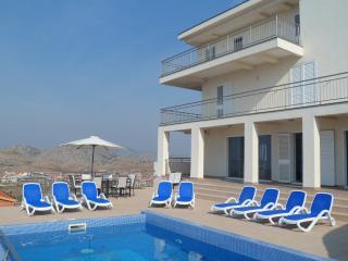 Villa Cruz - very spacious patio/pool area and shaded verandah