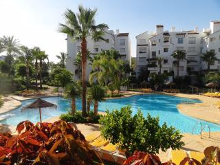Ground floor Algodonales apartment Costalita, Estepona