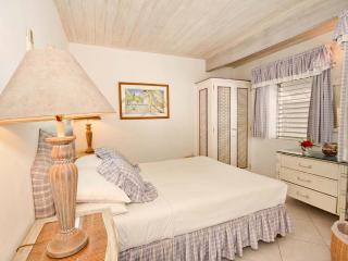 Aquamarine - Comfortable Beachfront Home, Saint Peter Parish