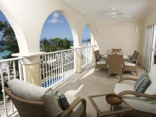 Sapphire Beach 205 - Oceanfront Condo, Christ Church
