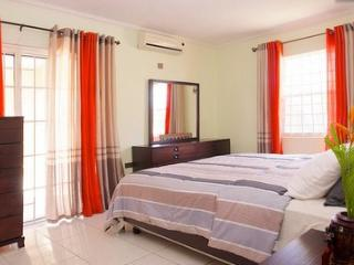 """Maddison"" - Fully Air Conditioned 2 bedroom, St. Ann's Bay"