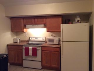 $69 WEEKDAY Special Cozy Uptown Upstairs Apt.