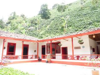 Coffee Farmhouse, Pereira
